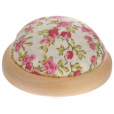 """Игольница-подушечка 7.3*4.5см """"Розовые цветы"""" с наполнителем на подставке из японской вишни"""