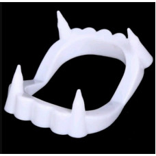 Зубы вампира, 4*5 см, 1 шт.